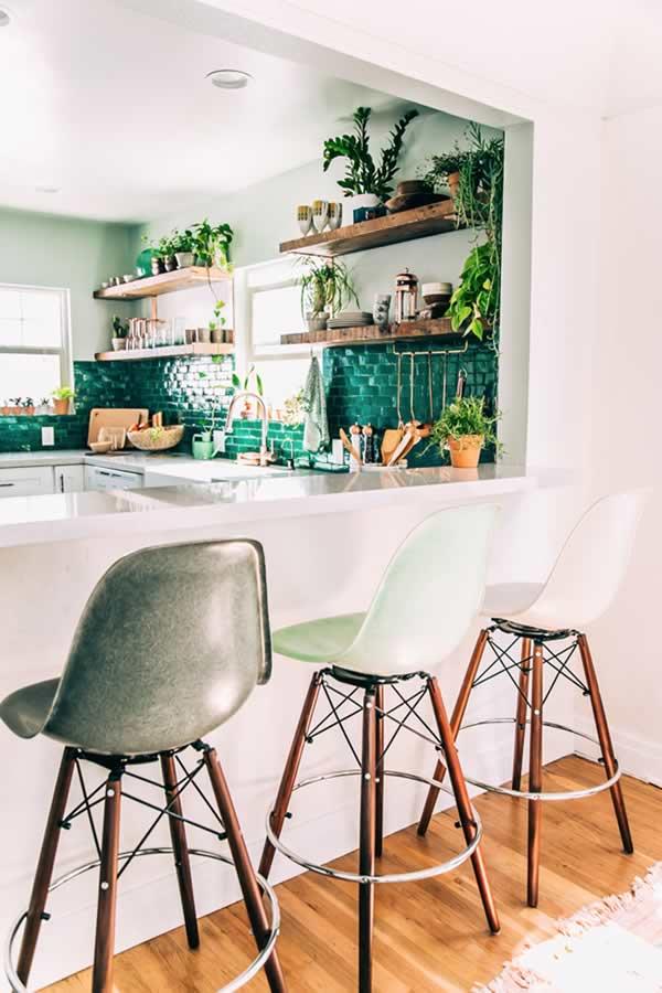 Idées pour décorer avec des plantes: la cuisine