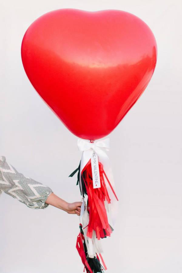 Valentine: décoration ballon
