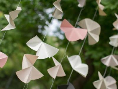 guirlandes de papier simples