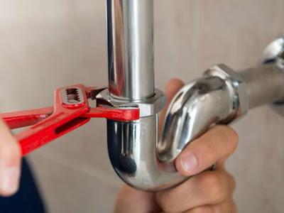 Comment-deboucher-les-tuyaux-ou-les-drains.jpg