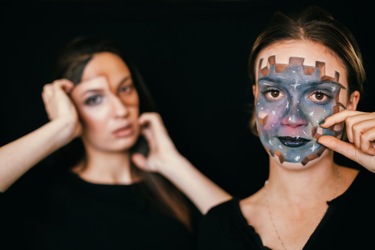 Maquillage fantastique en 3D pour Halloween et Carnaval