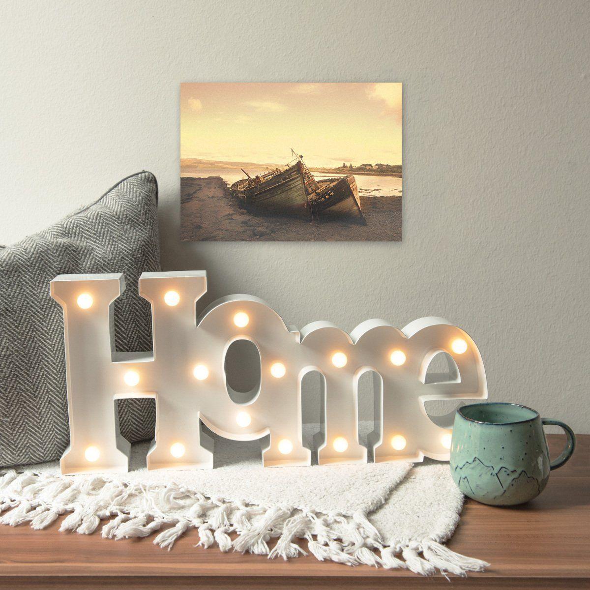 Lampes et lumières chaudes pour un salon cosy