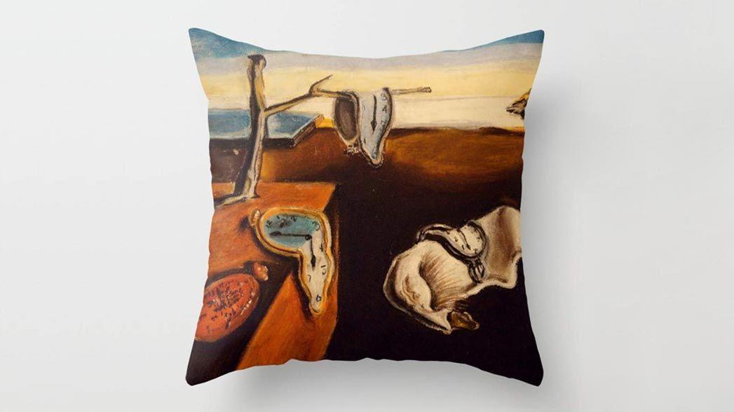 Coussin à imprimé horloge Salvador Dalí