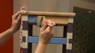 Peindre des chaises en bois - Étape 4