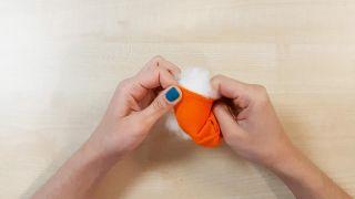 Comment faire des citrouilles en tissu - Étape 3