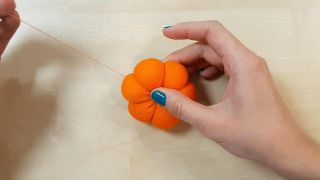 Comment faire des citrouilles en tissu - Étape 7