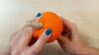 Comment faire des citrouilles en tissu - Étape 6