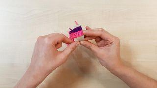Comment faire des bonnets miniatures - Étape 8