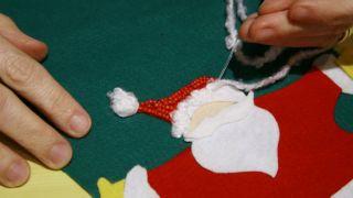 Bas de Noël en feutre - Étape 12