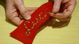 Bas de Noël en feutre - Étape 6