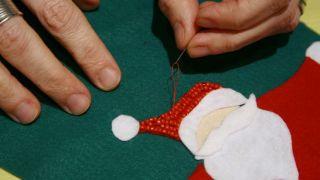 Bas de Noël en feutre - Étape 11