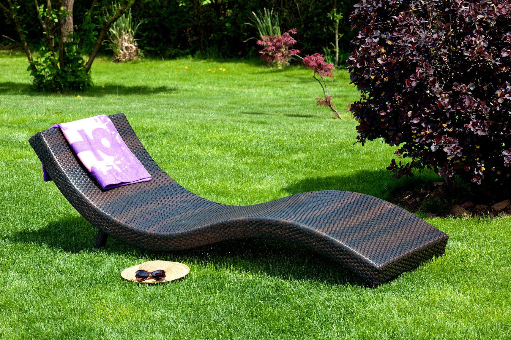 Mobilier d'extérieur, chaises longues