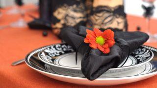 Décorer une table pour une fête d'Halloween
