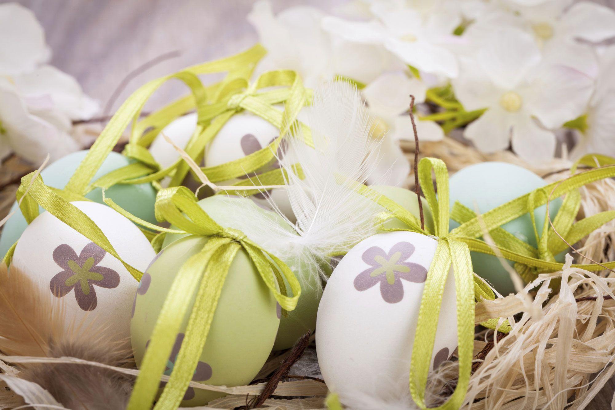 Couleurs pour la décoration de Pâques
