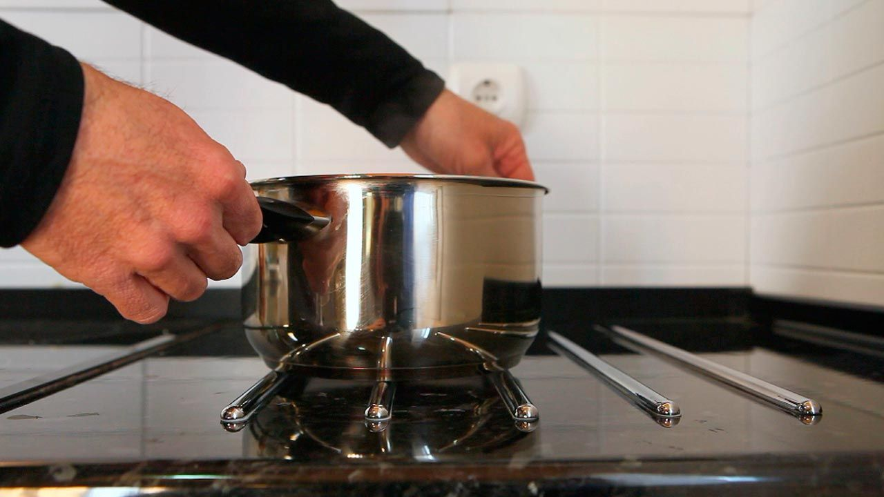 Installer une plaque de cuisson