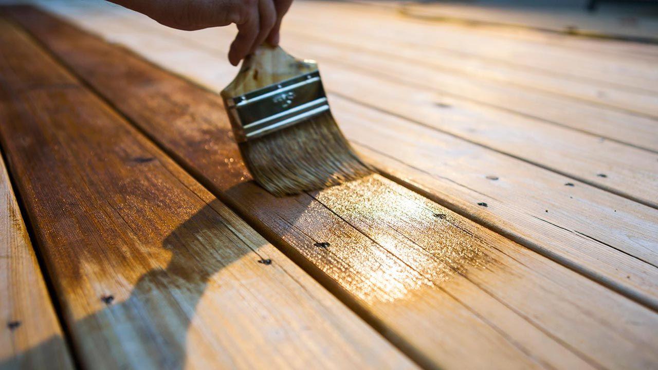 Comment éviter les bulles lors du vernissage du bois