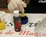 décorer les assiettes avec de la peinture à bulles - étape 2