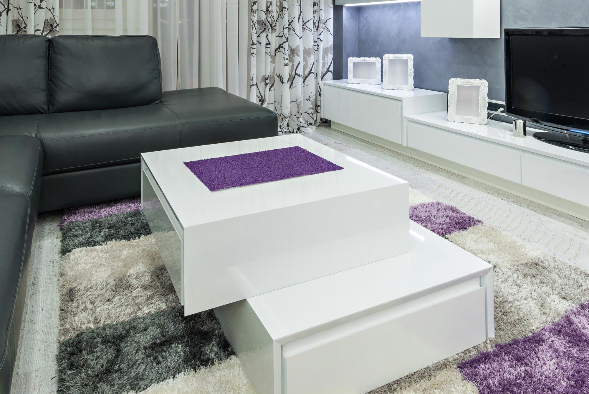 Grand salon en gris, blanc et lilas