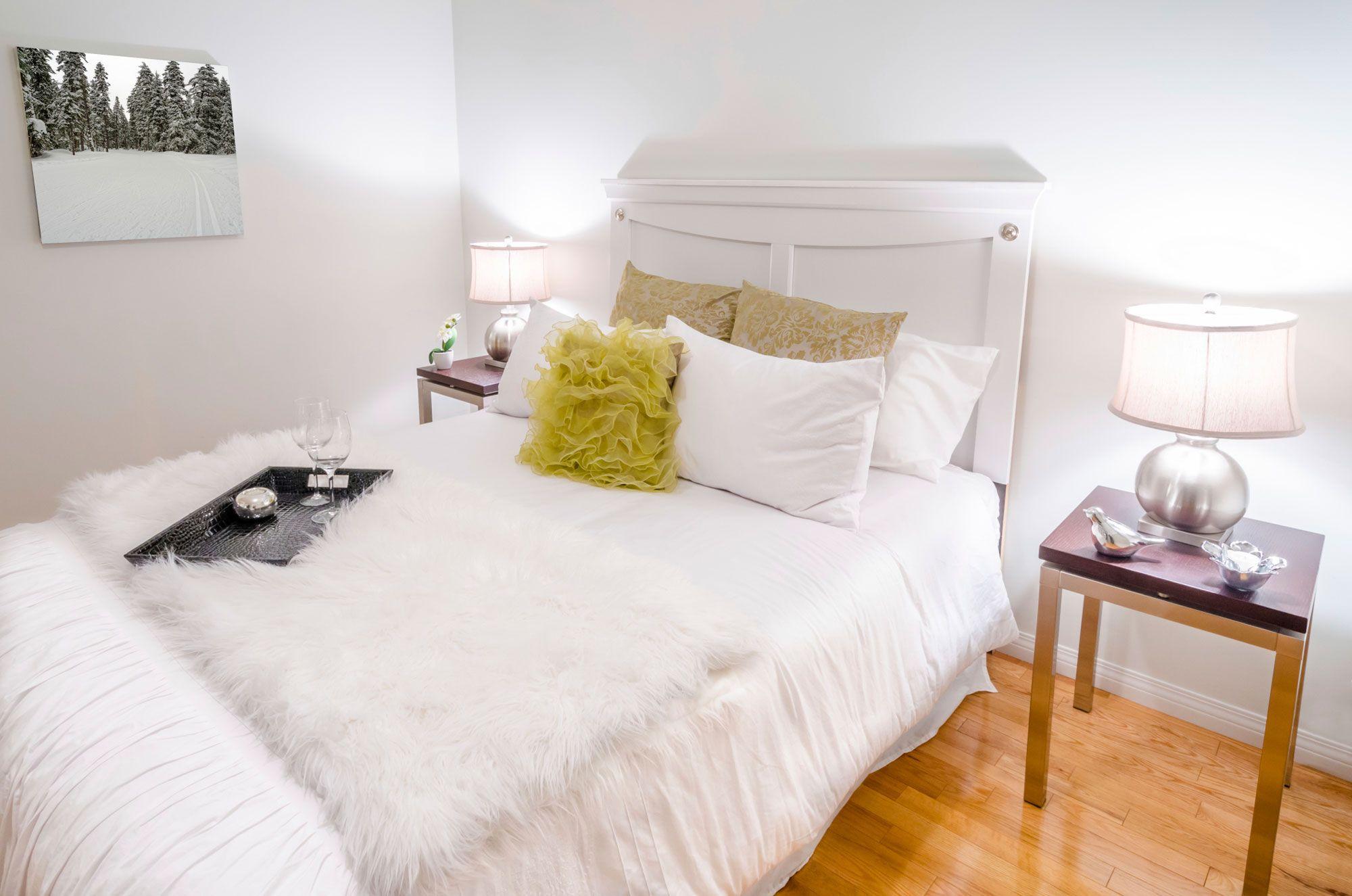Élégante chambre blanche