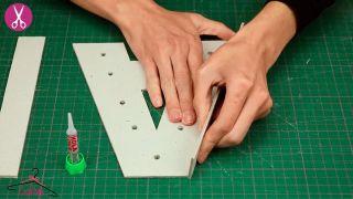 Comment faire des lettres en carton lumineuses - Étape 4