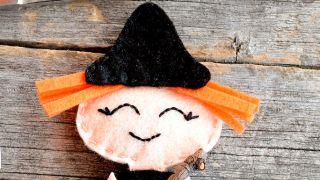 Comment faire une sorcière en feutre pour Halloween - Étape 3