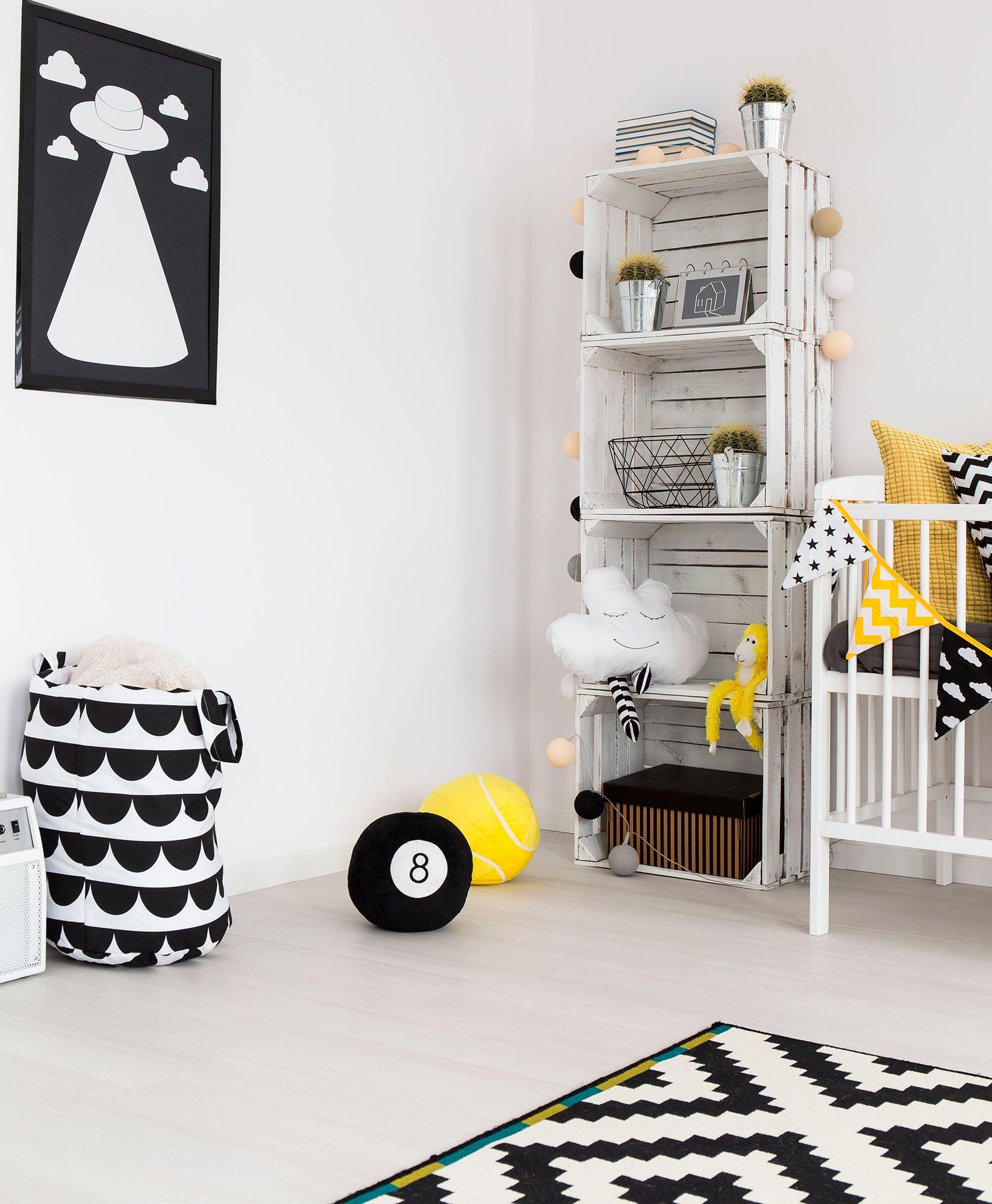 décorer la chambre de style nordique - étagères