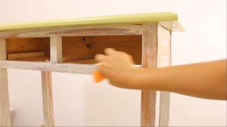 Meubles en bois vieilli avec effet peinture craie - Étape 5