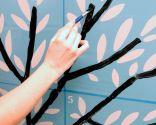 Comment peindre un arbre sur le mur avec des pochoirs