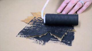 Peindre et décorer les feuilles séchées - Étape 2