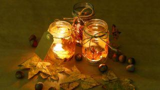 Comment décorer des bocaux Mason avec des feuilles séchées - Étape 5