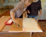 Comment peindre les portes d'armoires de cuisine en blanc - Étape 3