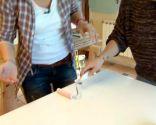 Comment peindre les portes d'armoires de cuisine en blanc - Étape 4