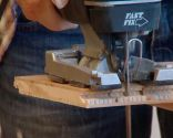 Décorez le mur de la cuisine avec une frise en bois de chêne - étape 5
