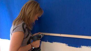 Décorez la chambre des jeunes bleue avec une frise éclairée - étape 6