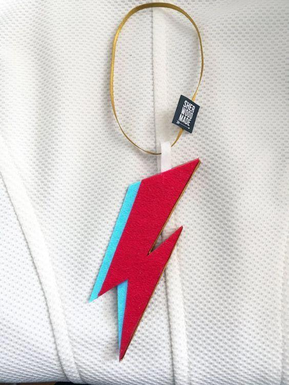 L'arbre de Noël le plus rocheux: Ziggy Stardust Lightning