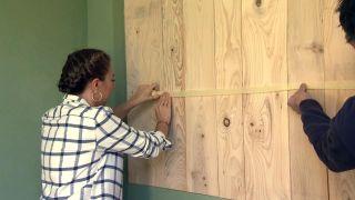 Revêtement du mur avec du bois de pin - Étape 6
