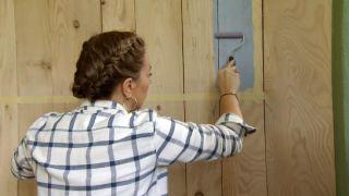 Revêtement du mur avec du bois de pin - Étape 7