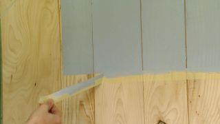 Revêtement du mur avec du bois de pin - Étape 8