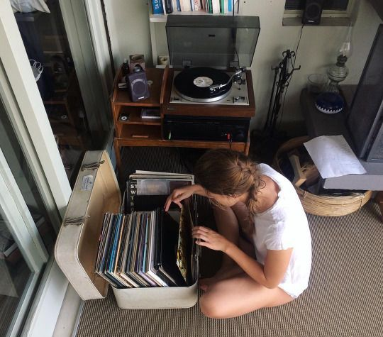 Recyclez les vieilles valises pour ranger les vinyles