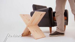 Porte-revues en bois en forme de X