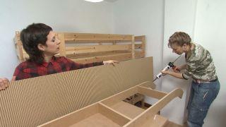 Chambre d'enfants avec lits superposés et toboggan étape 6