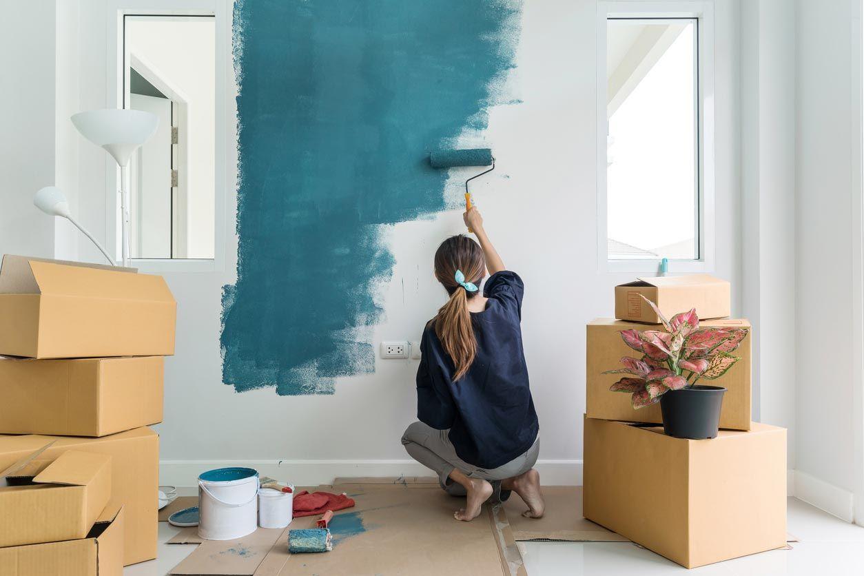Peindre les murs à rénover sans travaux