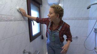Décorer une salle de bain en bois et gris - Étape 1