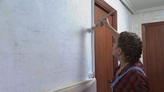 Comment égayer un couloir long, étroit et sombre - Étape 1