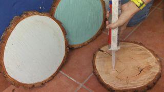 Comment faire une tête de lit avec des disques en bois - Étape 3