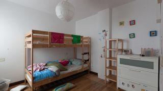 Chambre-denfants-avec-lits-superposes-et-toboggan.jpg