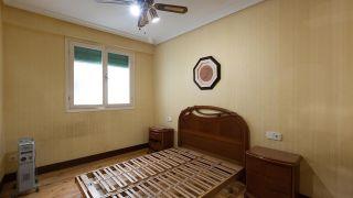 Chambre Vintage avec Tapis Peints - Avant