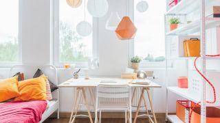Les meilleurs bureaux et lampes de table pour jeunes qui améliorent la concentration
