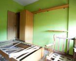 Décorez la chambre avec des couleurs chaudes