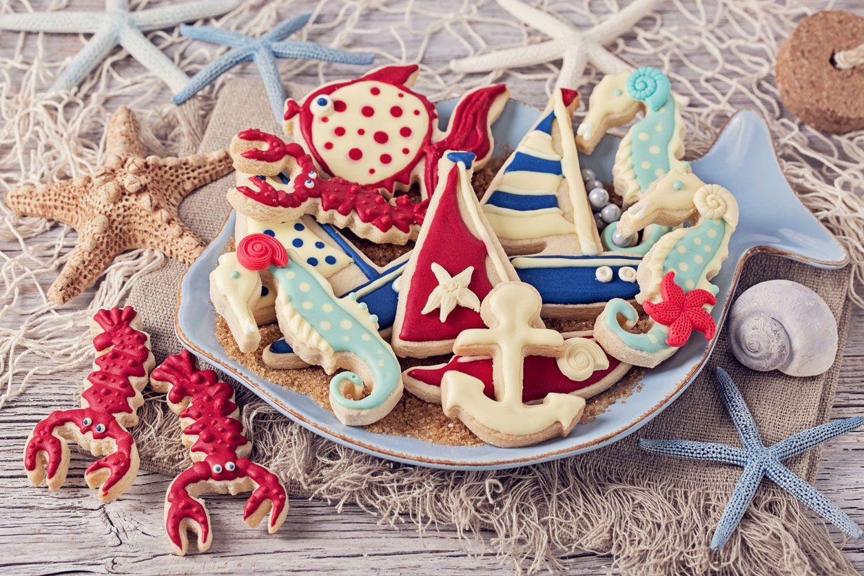Décorez une table d'anniversaire ou de dessert de style marin